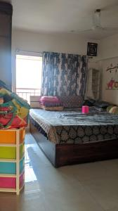 Gallery Cover Image of 900 Sq.ft 3 BHK Apartment for rent in Hetali Blessings, Goregaon East for 47000