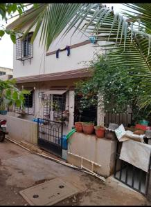 Gallery Cover Image of 1100 Sq.ft 3 BHK Independent House for buy in Katraj for 2800000