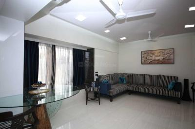 Gallery Cover Image of 1570 Sq.ft 3 BHK Apartment for rent in Ghatkopar West for 75000