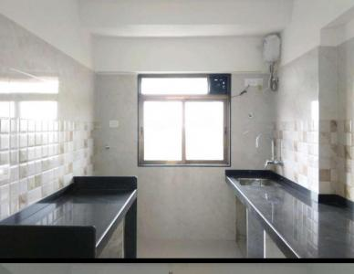 Gallery Cover Image of 1065 Sq.ft 2 BHK Apartment for rent in Malad West for 32000