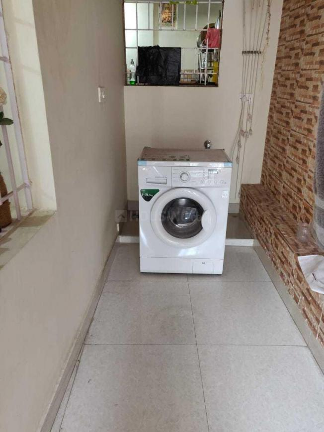 Common Bathroom Image of 1100 Sq.ft 2 BHK Apartment for rent in R. T. Nagar for 28000