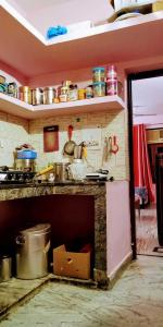 Kitchen Image of Raj Girls PG in Sector 10 DLF