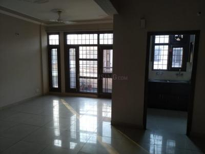 Gallery Cover Image of 1460 Sq.ft 3 BHK Apartment for rent in Sector 63 for 25000