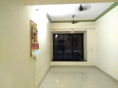 Gallery Cover Image of 540 Sq.ft 1 BHK Apartment for rent in Kandivali East for 18000