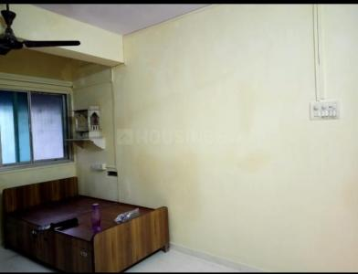 Gallery Cover Image of 400 Sq.ft 1 RK Apartment for rent in Goregaon West for 16000