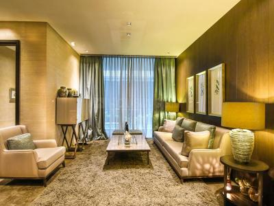 Gallery Cover Image of 950 Sq.ft 2 BHK Apartment for buy in Sunteck City 4th Avenue, Goregaon West for 15400000