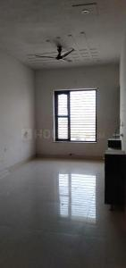 Gallery Cover Image of 1700 Sq.ft 3 BHK Independent Floor for rent in Sector 64 for 8500
