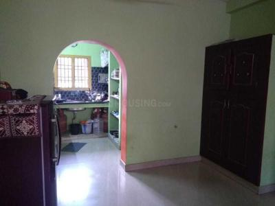 Gallery Cover Image of 938 Sq.ft 2 BHK Apartment for rent in Selaiyur for 15000