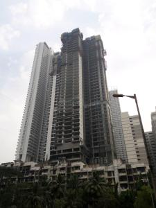 Gallery Cover Image of 1937 Sq.ft 3 BHK Apartment for buy in Malad East for 36000000
