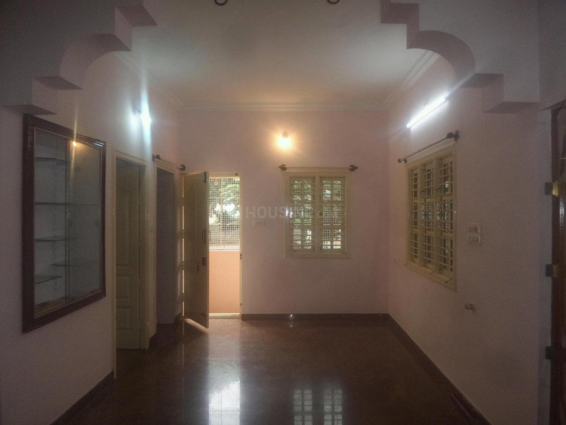 Living Room Image of 2000 Sq.ft 4 BHK Independent House for rent in Amrutahalli for 20000