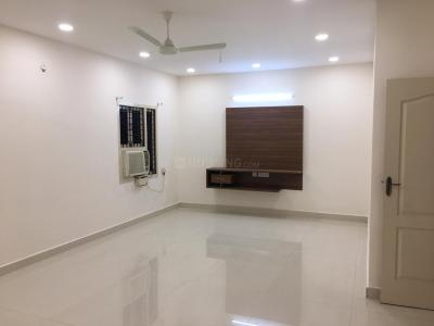 Gallery Cover Image of 5000 Sq.ft 4 BHK Villa for rent in Valasaravakkam for 100000