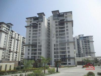 Gallery Cover Image of 2702 Sq.ft 4 BHK Apartment for rent in DivyaSree 77 Place, Kadubeesanahalli for 90000