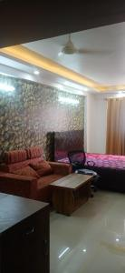 Gallery Cover Image of 494 Sq.ft 1 BHK Apartment for rent in Logix Blossom Zest, Sector 143 for 13000