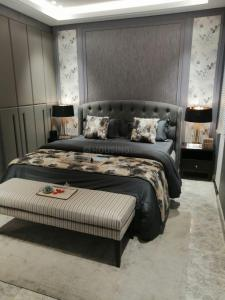 Gallery Cover Image of 2190 Sq.ft 3 BHK Apartment for buy in ACE Parkway, Sector 150 for 14782500