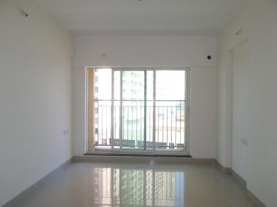 Gallery Cover Image of 925 Sq.ft 2 BHK Apartment for buy in Rustomjee Urbania, Thane West for 11000000