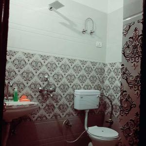 Bathroom Image of Carter Homes in Sector 23A