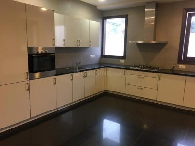 Gallery Cover Image of 3500 Sq.ft 4 BHK Independent Floor for rent in Sector 15A for 99999