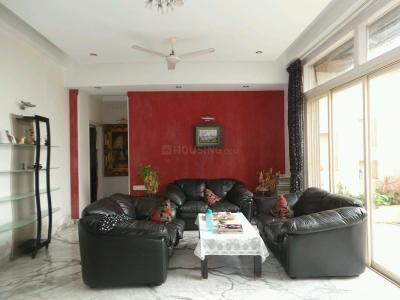 Gallery Cover Image of 1695 Sq.ft 3 BHK Apartment for rent in Chembur for 70000