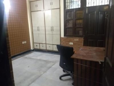 Gallery Cover Image of 1100 Sq.ft 2 BHK Apartment for rent in Sector 25 for 16000