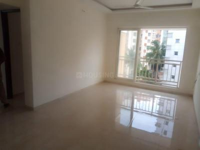 Gallery Cover Image of 800 Sq.ft 2 BHK Apartment for rent in Crescent Imperia, Santacruz East for 50000