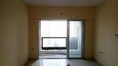 Gallery Cover Image of 1250 Sq.ft 3 BHK Apartment for rent in Kandivali East for 47000