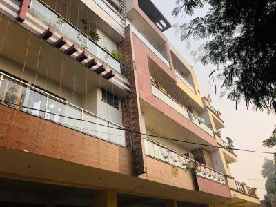Gallery Cover Image of 1050 Sq.ft 3 BHK Independent Floor for rent in Sewa Nagar for 13999
