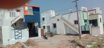 Gallery Cover Image of 550 Sq.ft 1 BHK Independent House for buy in Guduvancheri for 1500000