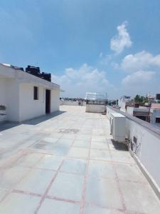 Gallery Cover Image of 7000 Sq.ft 4 BHK Independent Floor for rent in Maharani Bagh for 150000