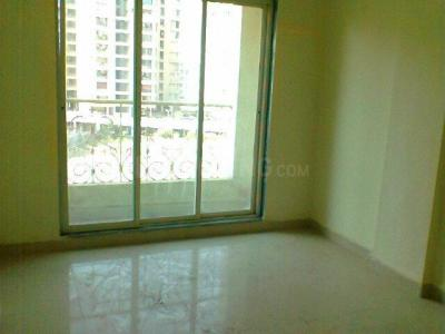Gallery Cover Image of 1040 Sq.ft 2 BHK Apartment for rent in Kalyan West for 12500