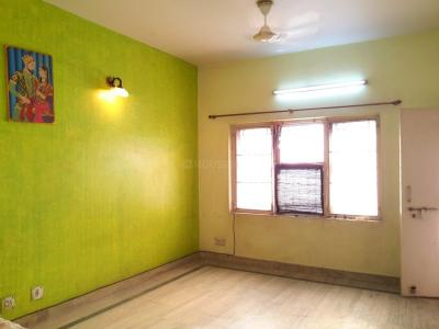 Gallery Cover Image of 1100 Sq.ft 2 BHK Apartment for buy in Rajat Vihar, Sector 62A for 6300000