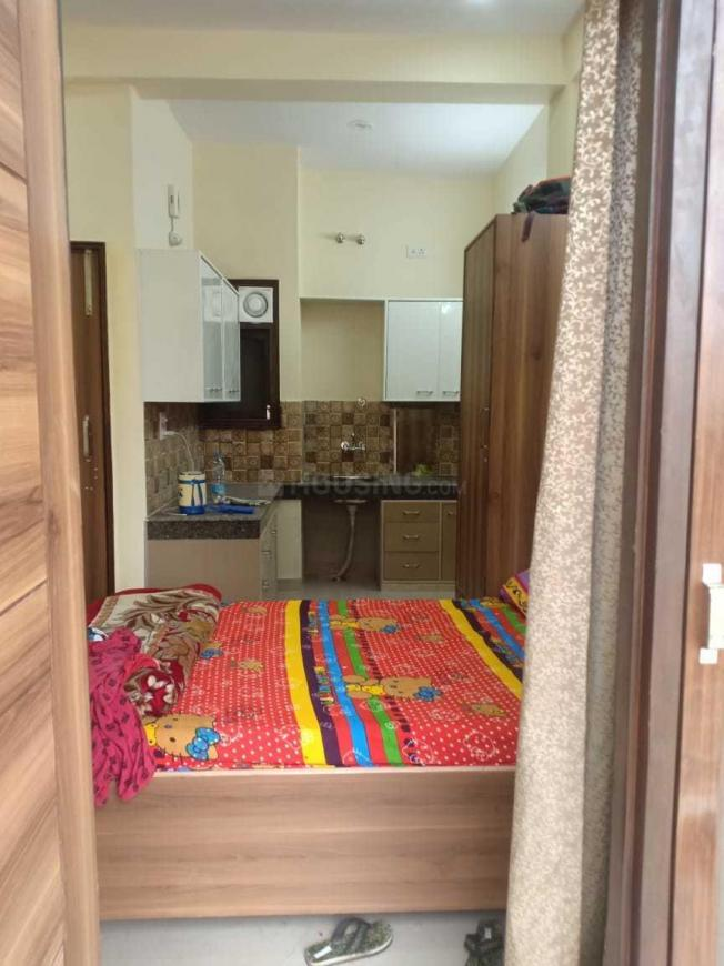 Bedroom Image of 900 Sq.ft 2 BHK Independent House for rent in Santacruz East for 81500