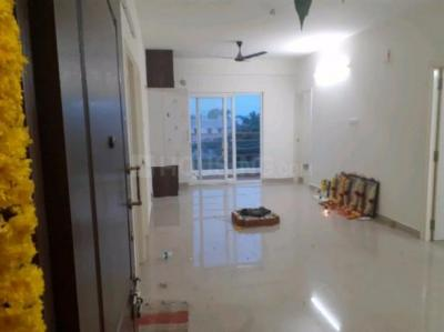 Gallery Cover Image of 1400 Sq.ft 3 BHK Apartment for rent in Perungalathur for 15000