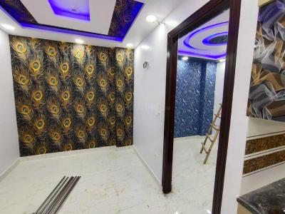 Gallery Cover Image of 750 Sq.ft 3 BHK Apartment for buy in Uttam Nagar for 3551000