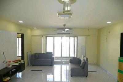 Gallery Cover Image of 2100 Sq.ft 3 BHK Apartment for rent in Vile Parle West for 130000