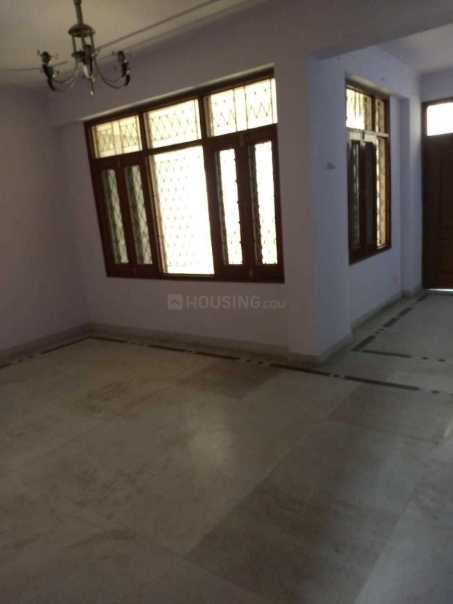 Living Room Image of 2000 Sq.ft 4 BHK Apartment for rent in Sector 19 Dwarka for 35000