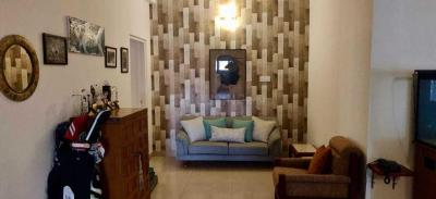Gallery Cover Image of 2002 Sq.ft 3 BHK Apartment for buy in Velachery for 22000000