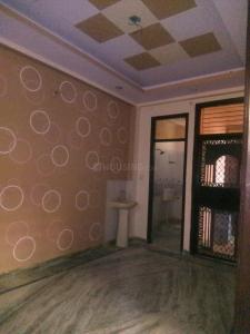 Gallery Cover Image of 900 Sq.ft 2 BHK Independent Floor for buy in Govindpuram for 2500000