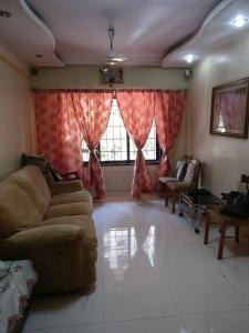 Gallery Cover Image of 1026 Sq.ft 2 BHK Apartment for buy in Andheri West for 16500000