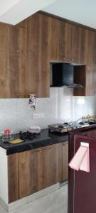 Gallery Cover Image of 1265 Sq.ft 3 BHK Apartment for rent in Saviour Park, Rajendra Nagar for 15000