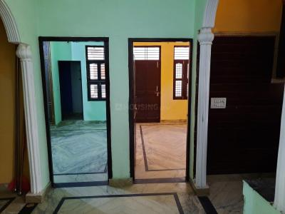 Gallery Cover Image of 1000 Sq.ft 3 BHK Independent Floor for rent in Matiala for 15000