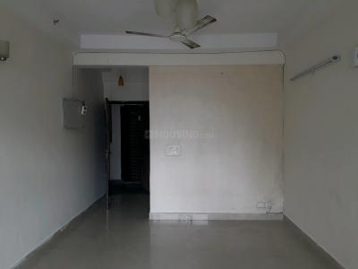 Gallery Cover Image of 1075 Sq.ft 2.5 BHK Apartment for rent in Sector 120 for 10500