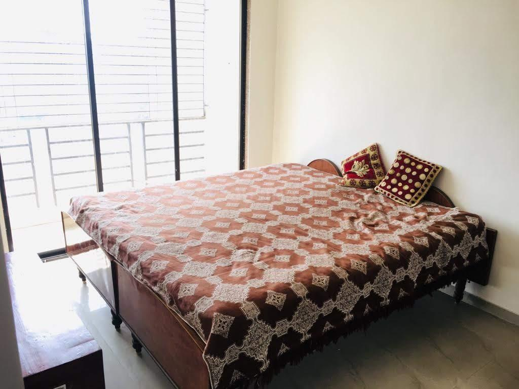 Bedroom Image of 950 Sq.ft 2 BHK Apartment for rent in Badlapur East for 9000