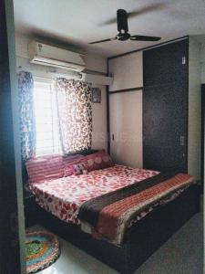Gallery Cover Image of 1417 Sq.ft 3 BHK Apartment for rent in Mahaveer Zephyr, Bommanahalli for 26000