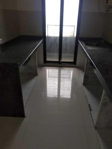 Gallery Cover Image of 700 Sq.ft 1 BHK Apartment for rent in Kandivali West for 22000