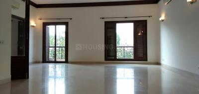 Gallery Cover Image of 3050 Sq.ft 4 BHK Independent Floor for buy in Shanti Niketan for 147500000
