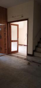 Gallery Cover Image of 1500 Sq.ft 3 BHK Apartment for rent in DDA Mig Flats Sarita Vihar, Sarita Vihar for 31000