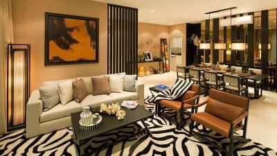 Gallery Cover Image of 7000 Sq.ft 4 BHK Apartment for rent in DLF Phase 3 for 275000
