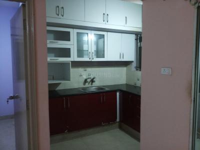 Gallery Cover Image of 812 Sq.ft 2 BHK Apartment for rent in Prabhavathi Enclave, Bommanahalli for 16000