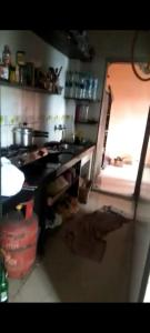 Gallery Cover Image of 225 Sq.ft 1 RK Independent House for rent in Aapli Ekta Society, Andheri East for 12000