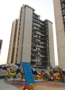 Gallery Cover Image of 1220 Sq.ft 2 BHK Apartment for rent in Near Nirma University On SG Highway for 12000